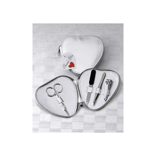 Tematica inimi-Trusa Manichiura in Forma de Inima