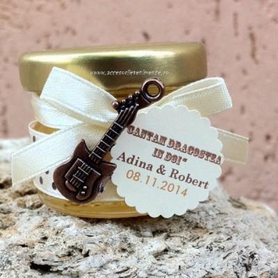 Marturii nunta borcanase miere-Marturii borcan miere chitara